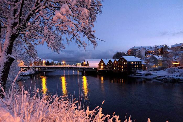 3578968_Trondheim1_1_ (700x466, 128Kb)
