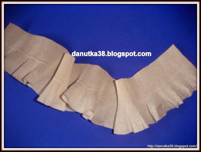 Елочка из картона и гофрированной бумаги. Мастер-класс (9) (700x532, 211Kb)