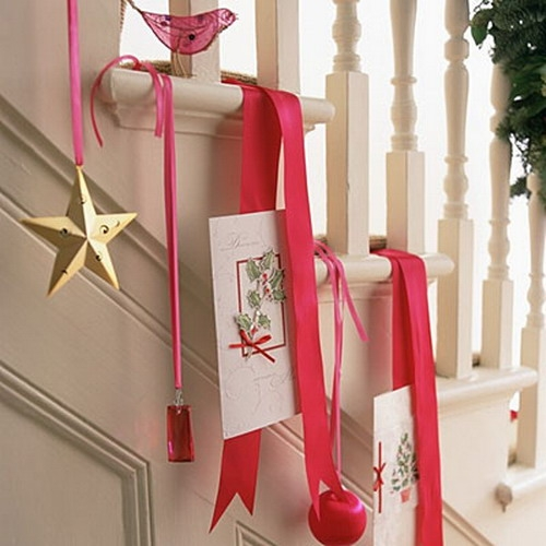 Дизайн интерьера. Потрясающие идеи украшения лестниц к Рождеству (40) (500x500, 131Kb)