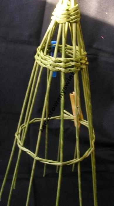 елочка из газетных трубочек и шпагата (5) (389x700, 149Kb)