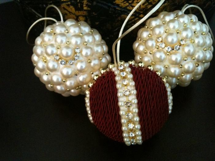 las bolas de Navidad y preciosos árboles de Navidad con perlas y cuentas (40) (700x525, 263KB)
