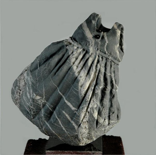 unbelievable_tiny_stone_sculptures_640_41 (602x600, 152Kb)
