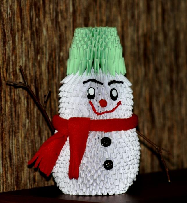 Снеговик и елочка из