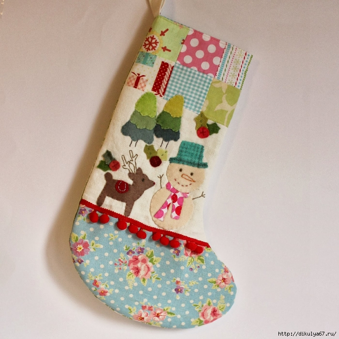 Christmas stocking snowman reindeer bl floral foot red pompom (700x700, 319Kb)