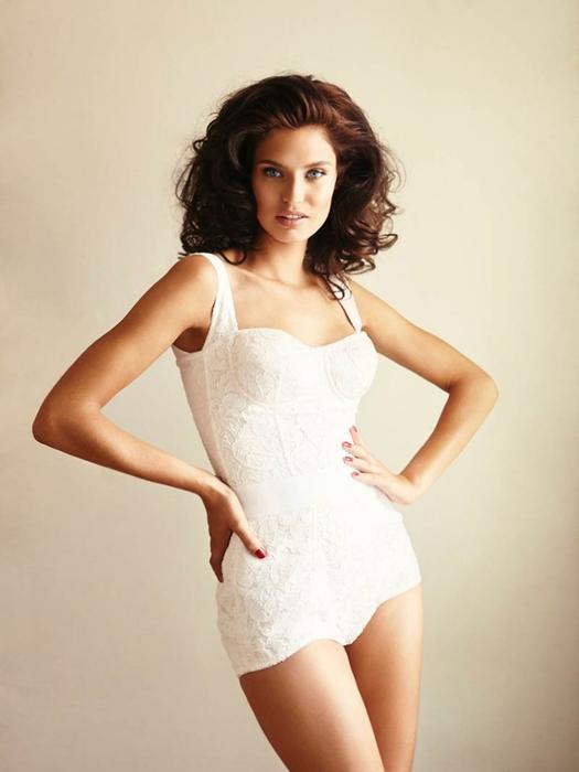 Bianca Balti  фото 8 (525x700, 149Kb)