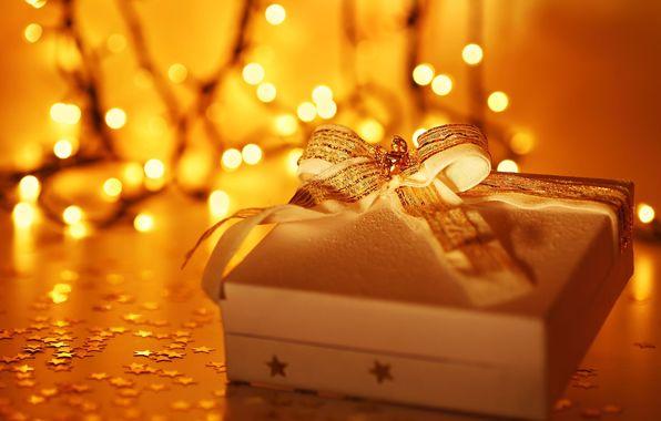 подарок под подушку/4707000_576157 (596x380, 31Kb)