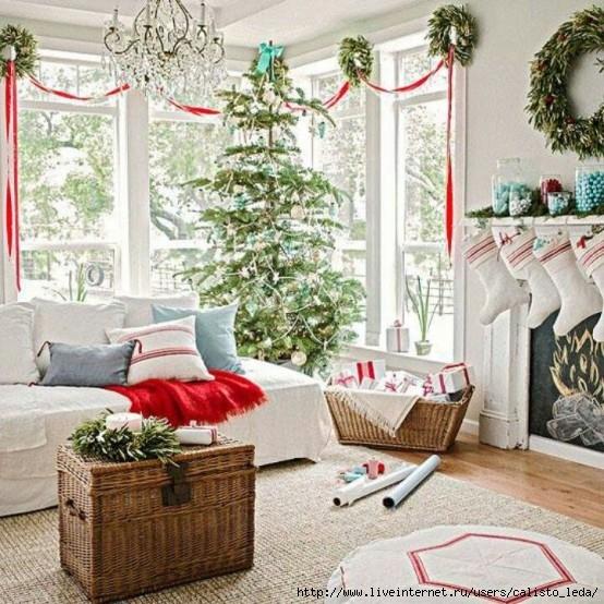 dreamy-christmas-living-room-decor-ideas-9-554x554 (554x554, 257Kb)