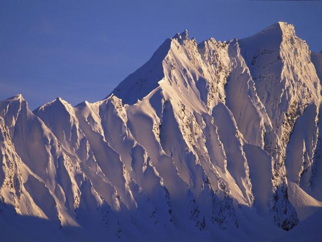 alpenglow_on_peak_chugach_mountains_alaska (640x480, 216Kb)