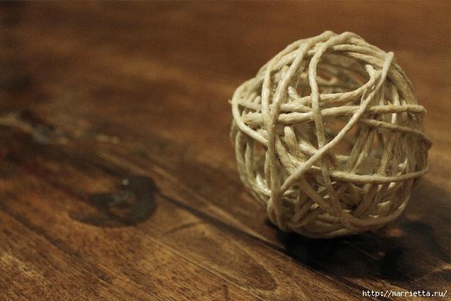 елочные шары из ниток (9) (640x427, 224Kb)