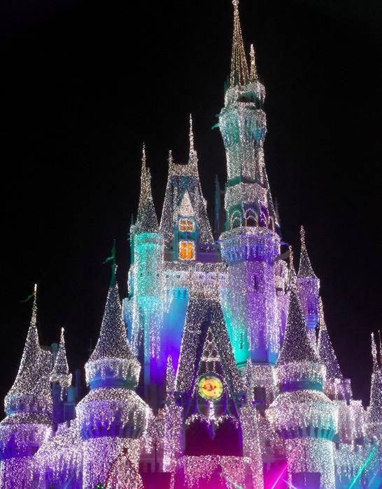 Рождественские и Новогодние огни улиц по всему миру01 (546x700, 282Kb)