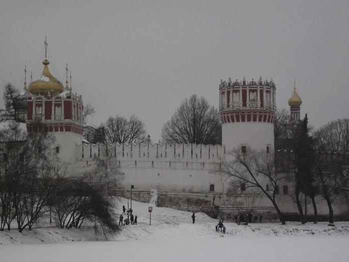 01 Москва Брейгель (700x525, 154Kb)