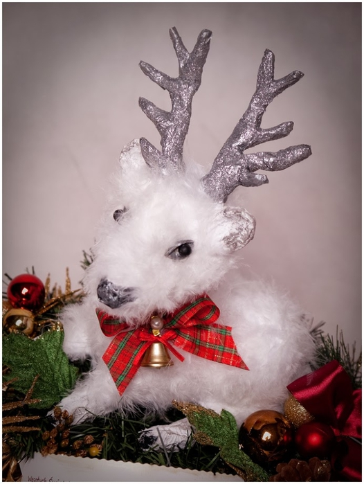 Рождественский СЕВЕРНЫЙ ОЛЕНЬ из папье маше. Мастер-класс (20) (526x700, 212Kb)