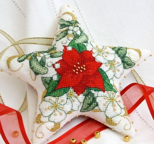 Рождественская звезда с вышивкой. Фото мастер-класс по пошиву (10) (590x550, 226Kb)