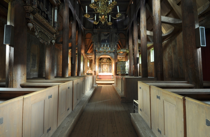 716533_Kaupanger_stave_church__nave_11 (700x457, 233Kb)