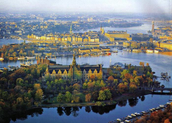 Stockholm_center_landscape-f1 (700x499, 78Kb)