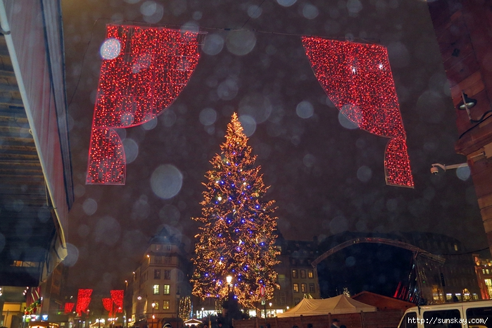 Ночь, Страсбург, Рождество1 (700x466, 294Kb)