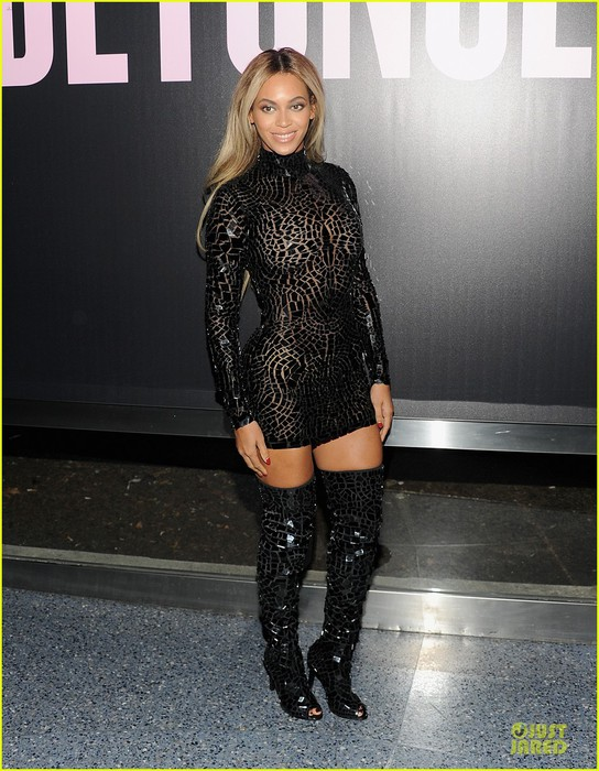 beyonce-metallic-black-for-beyonce-screening-release-party-01 (544x700, 115Kb)