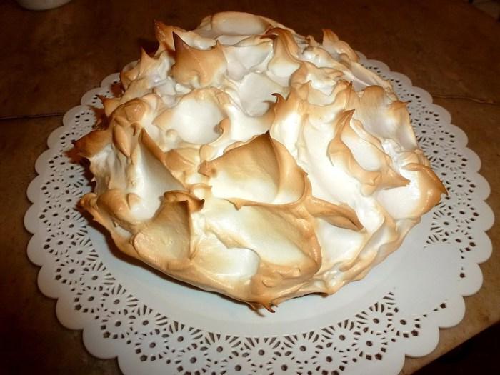 Меренговый торт 1 (700x525, 84Kb)