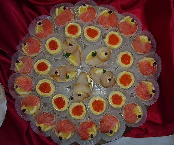 Украшаем блюда своими руками на свадьбу