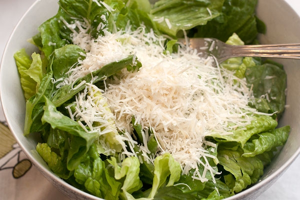 Салат ЦЕЗАРЬ. Два рецепта приготовления (8) (600x400, 185Kb)