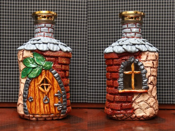 Сувенир домики из бутылки