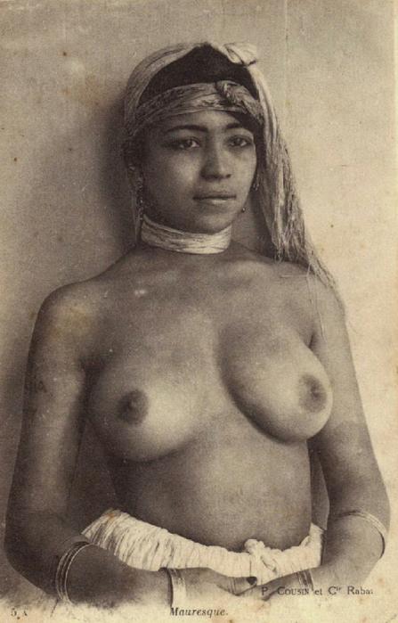 Эротика. Здесь собраны эротические фотографии женщин из арабских стран, на