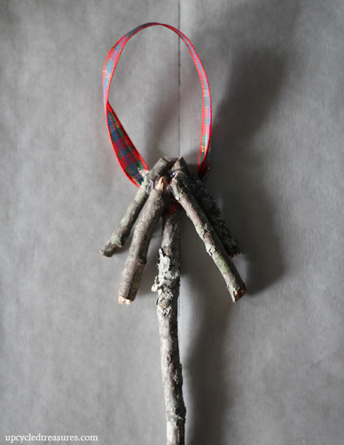 diy-christmas-twig-ornament-upcycledtreasures (486x628, 386Kb)