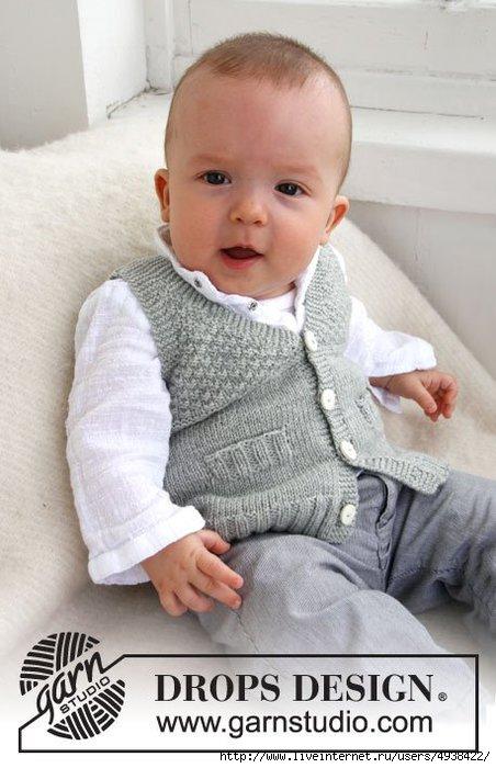 Вязание для малыша жилета с V