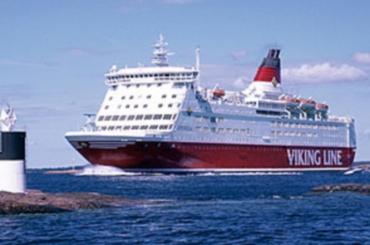 Круизный лайнер на мели у Швеции (370x245, 64Kb)