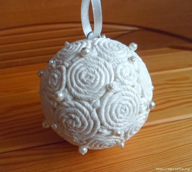 елочный шар, декор салфетками (669x600, 177Kb)
