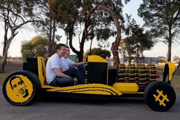 автомобиль из лего фото (600x400, 192Kb)