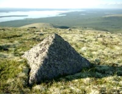 Древние пирамиды Севера России (400x308, 88Kb)