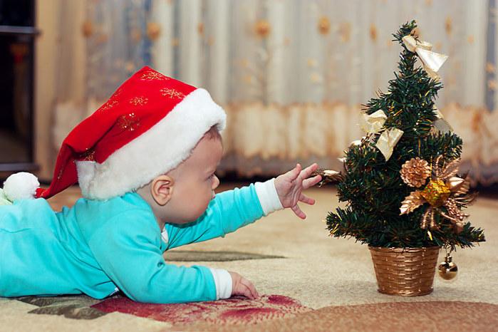 3303834_santa_baby_1 (700x466, 106Kb)