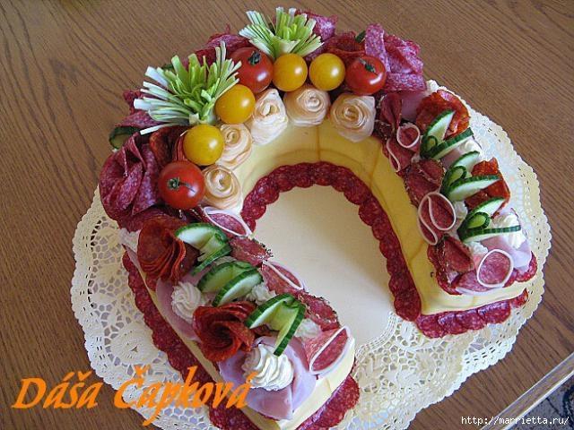 Новогодний СОЛЕНЫЙ торт. ПОДКОВА (37) (640x480, 213Kb)