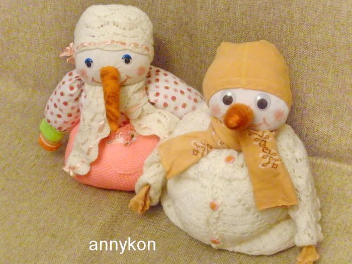 семейка снеговиков/4668337_PC080666 (700x525, 137Kb)