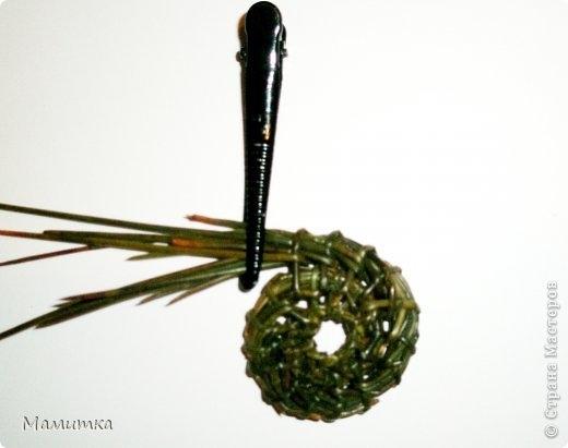 Плетение из сосновых иголок от Мамитка. КОЛОКОЛЬЧИКИ (8) (520x411, 55Kb)