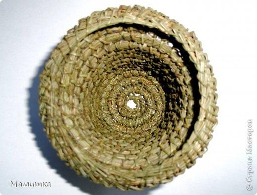 Плетение из сосновых иголок от Мамитка. КОЛОКОЛЬЧИКИ (10) (520x394, 114Kb)
