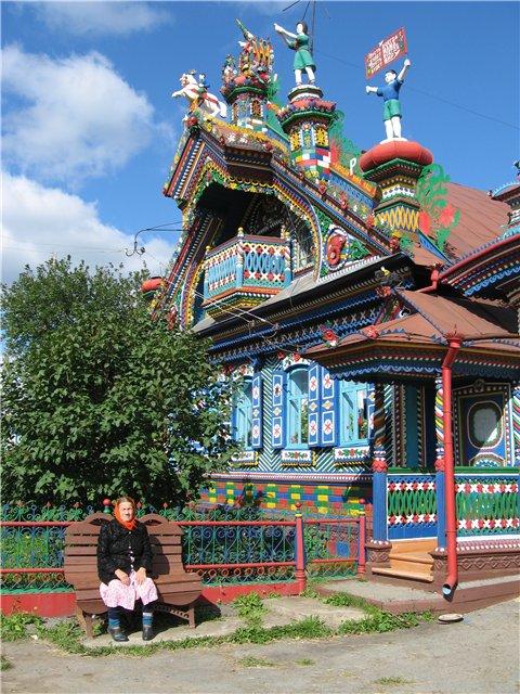 14-Деревянный резной дом кузнеца Сергея Кириллова (480x640, 116Kb)