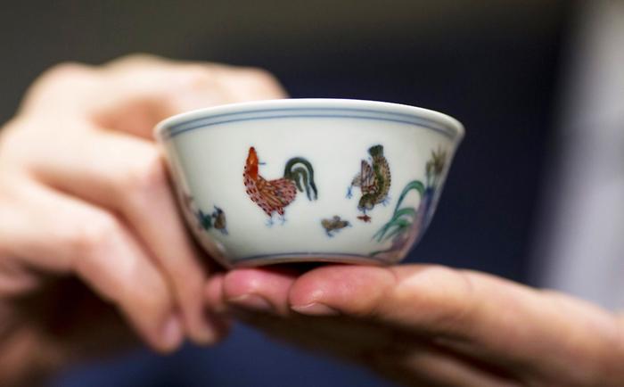 самый дорогой в мире фарфор Chicken Cup 1 (700x434, 217Kb)