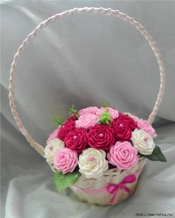 цветы из гофрированной бумаги (11) (560x700, 214Kb)