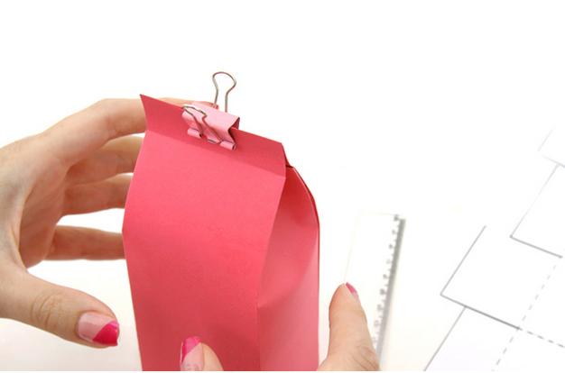 Embalaje para un regalo de Pascua con sus propias manos.  Plantilla (6) (626x414, 285Kb)
