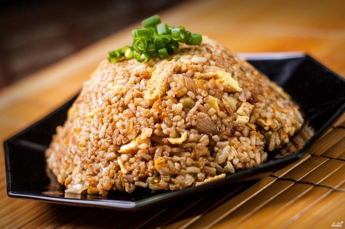 рецепты с рисом/5281519_ris_s_yaicom_pokitaiski91195 (700x465, 253Kb)
