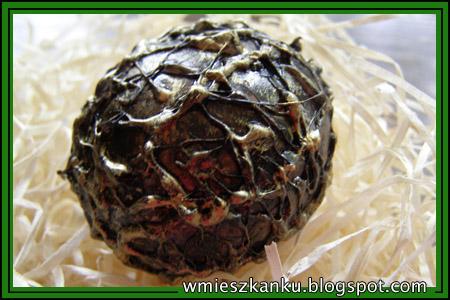 яйцо дракона из скорлупы и горячего клея (6) (450x300, 158Kb)