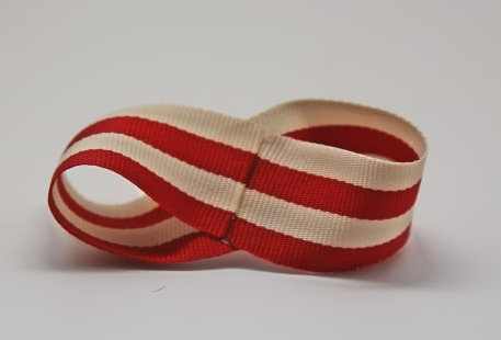 Бантики из полосатых ленточек. Украшаем заколки для волос (4) (457x310, 141Kb)