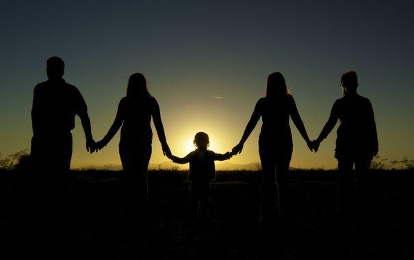 родители и дети/4348076_22168w (605x380, 14Kb)