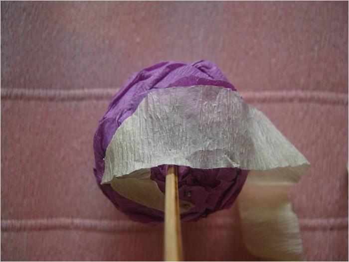 Пасхальное яйцо из гофрированной бумаги. Видео и мастер-класс (17) (700x526, 236Kb)