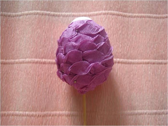 Пасхальное яйцо из гофрированной бумаги. Видео и мастер-класс (27) (700x526, 308Kb)