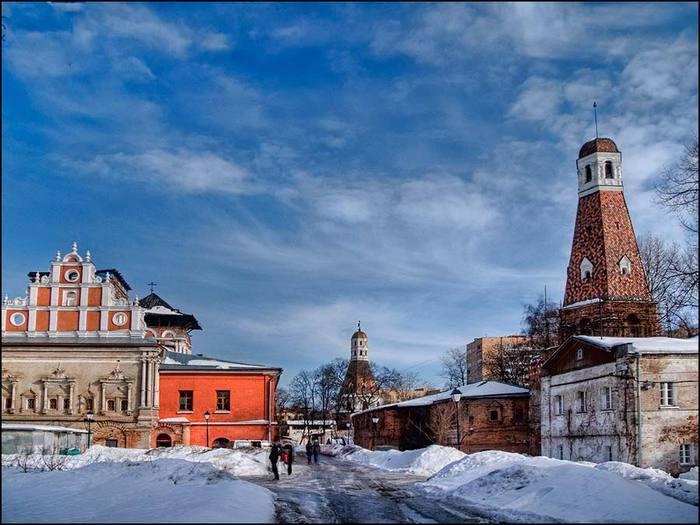Церковь Тихвинской Иконы Божьей Матери в Симоновом монастыре/3673959_15 (700x525, 62Kb)