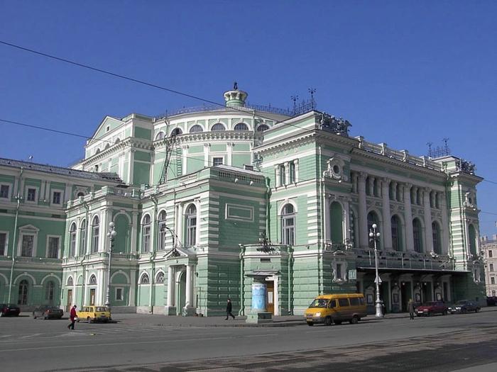 старое здание  Мариинки театра (700x525, 244Kb)