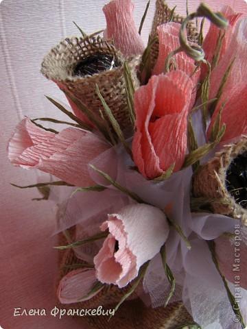 Мешковина и розы из гофрированной бумаги (2) (360x480, 173Kb)